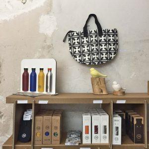 eco-temporary shop Essentialist dettagli allestimento
